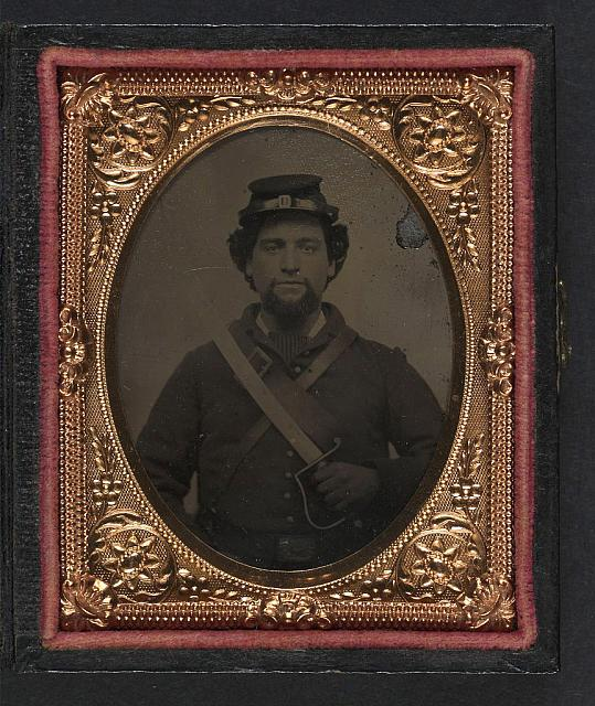 Union Civil War Cavalry Nathan Starr Saber.jpg