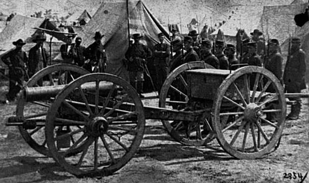 Civil War howitzer gun.jpg