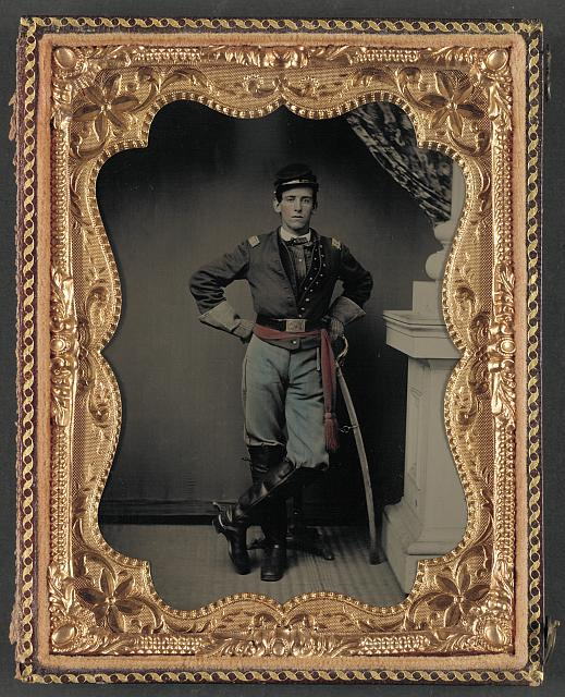 Civil War cavalryman.jpg