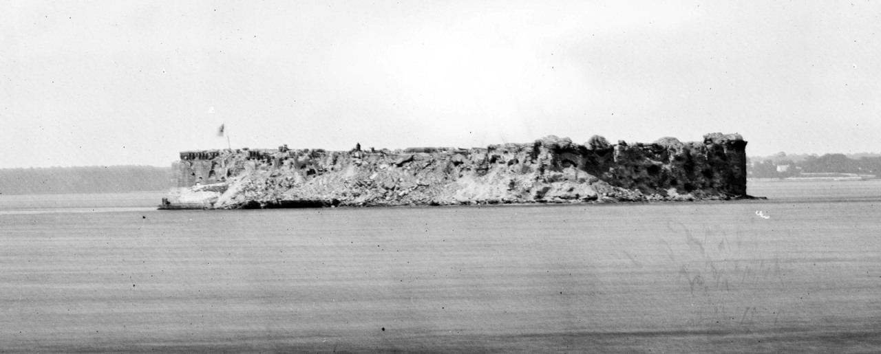 Fort Sumter in 1865.jpg