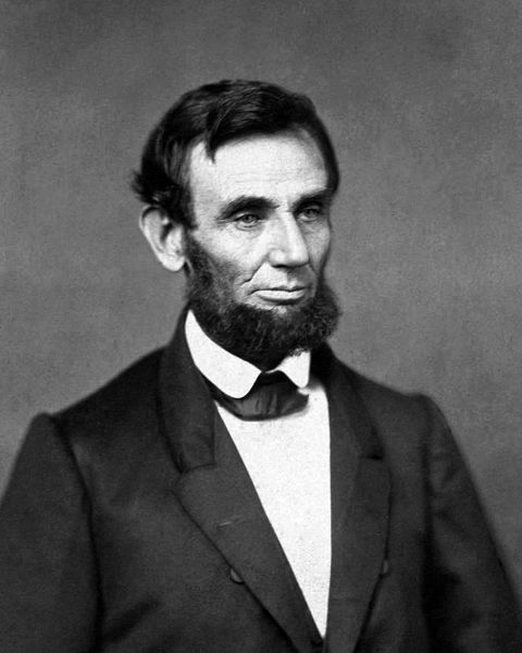 First photo of President Abraham Lincoln.jpg