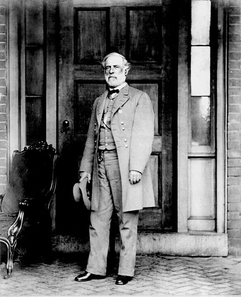 General Robert E. Lee in April 1865.jpg