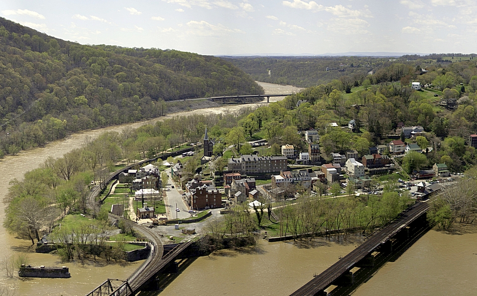 Harpers Ferry, West Virginia.jpg