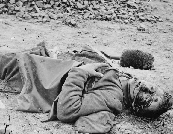 Photograph of dead Civil War soldier.jpg