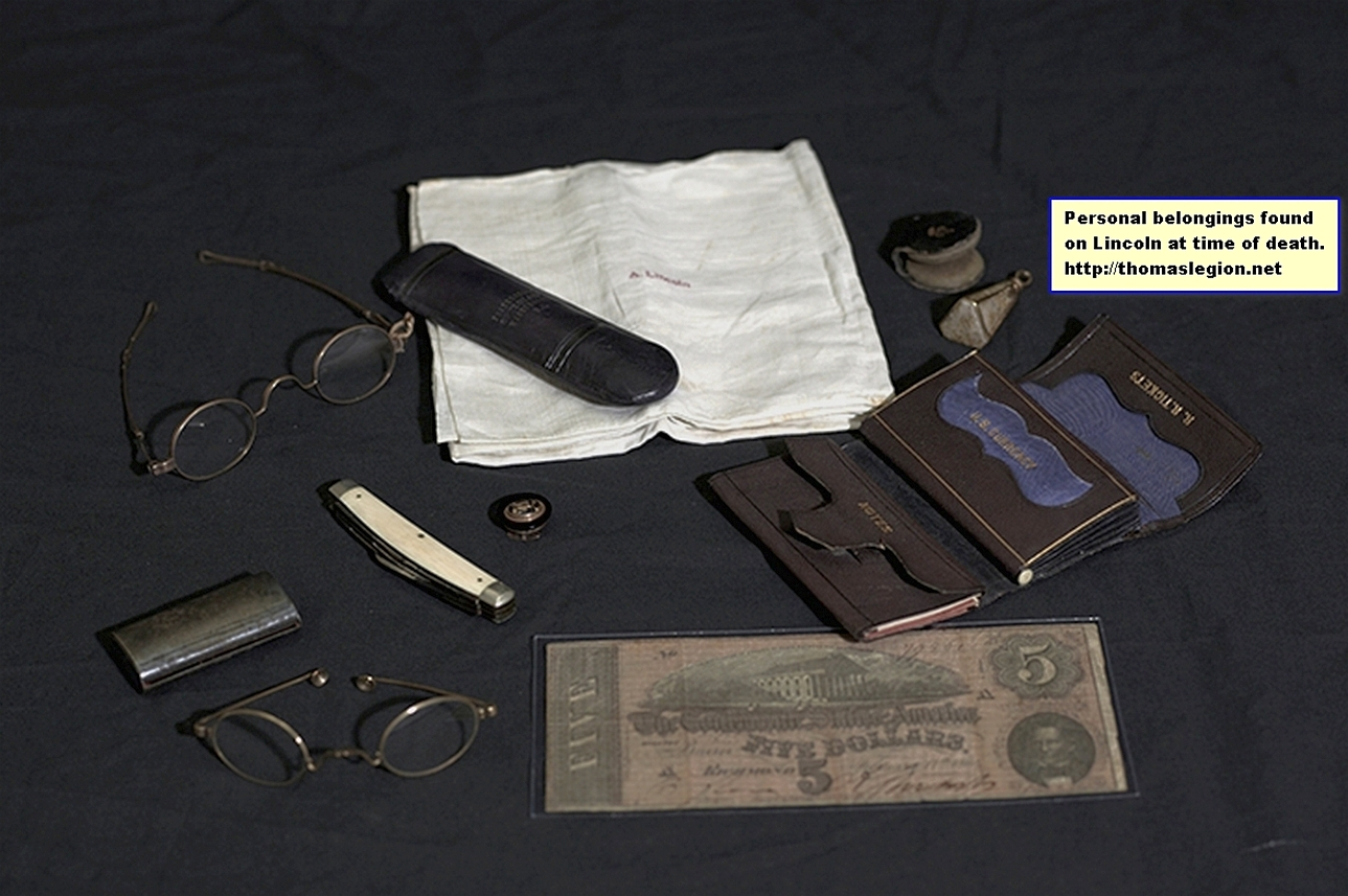 Abraham Lincoln personal items.jpg