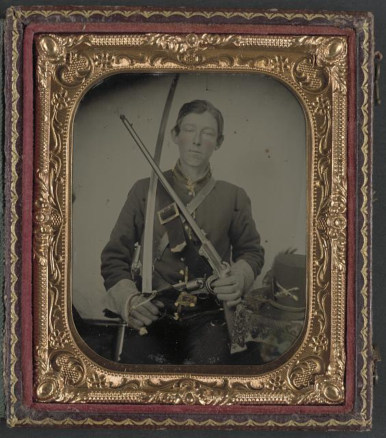 Union Cavalryman with Burnside carbine.jpg