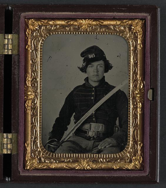Union musician with cavalry sword.jpg